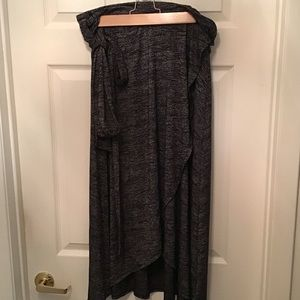 Gap soft spun wrap skirt